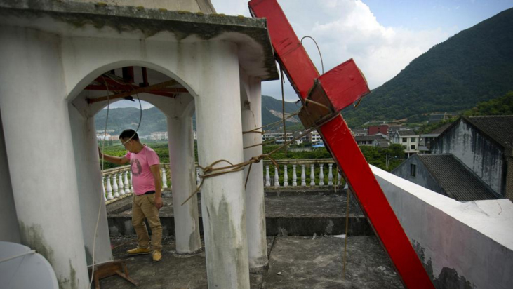 A pesar del coronavirus, el gobierno chino continúa destruyendo iglesias2 min read