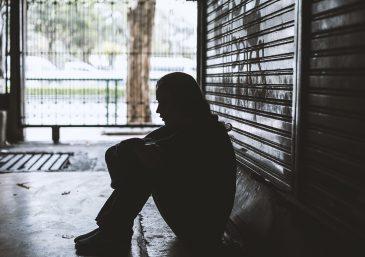 ¿Quiénes son las víctimas indefensas de las maldiciones hereditarias?