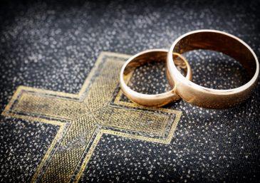 La Biblia contiene dos doctrinas principales