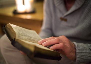 Lea la Biblia en un año
