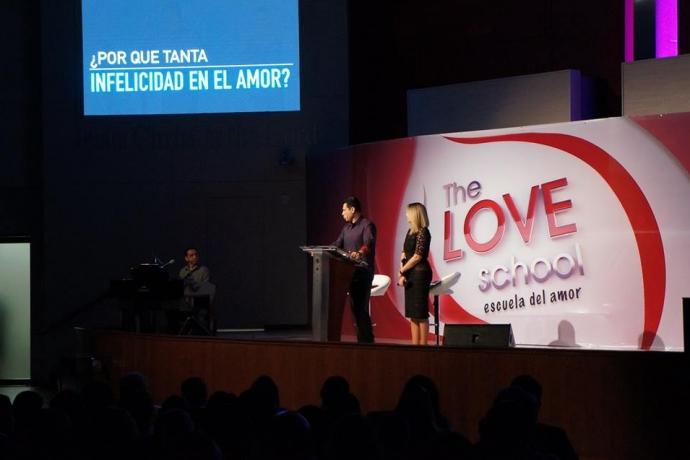 """""""A Escola do Amor"""":  aulas nos Estados Unidos e no Japão2 min read"""