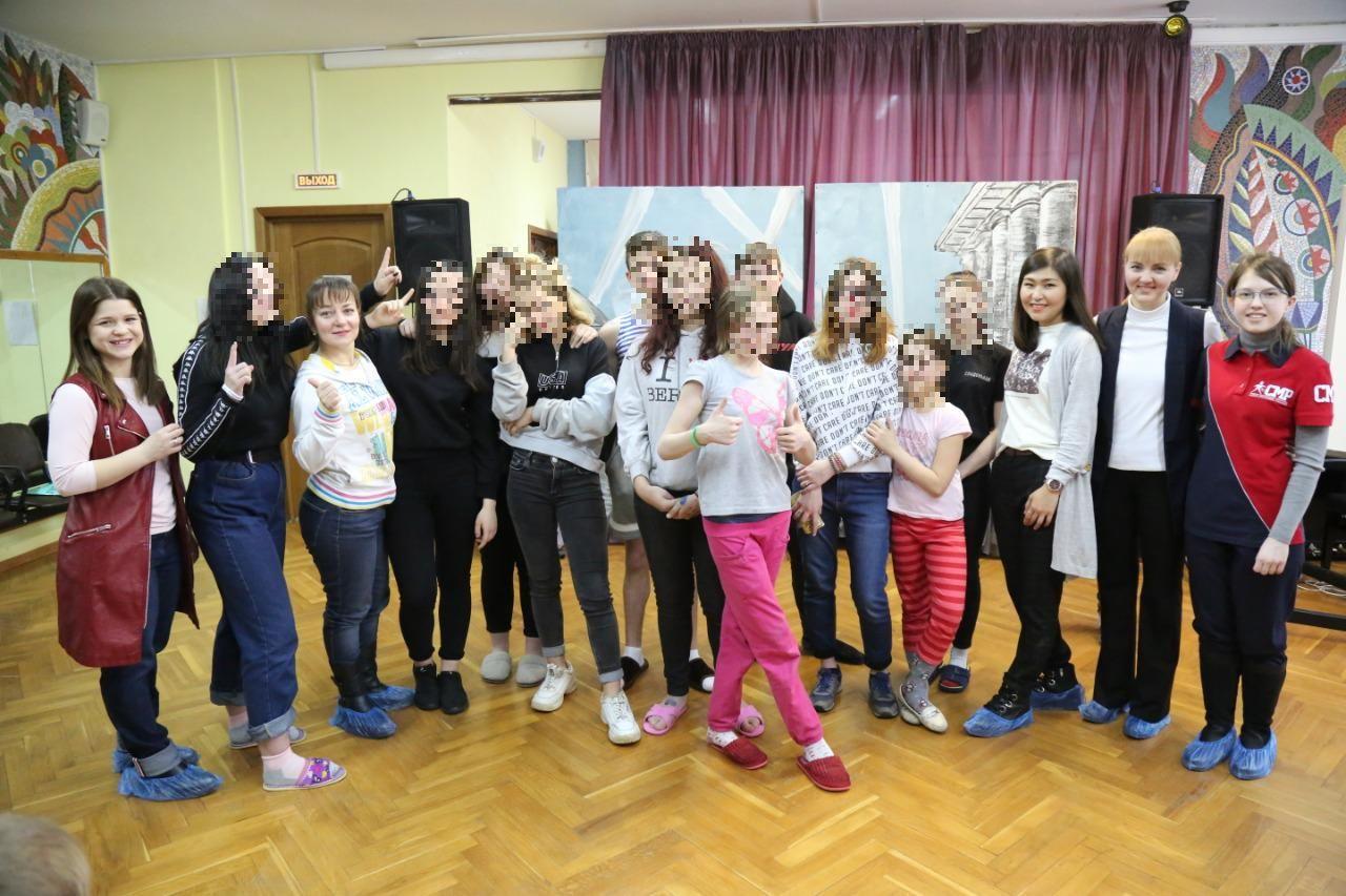 Ação ajuda menores na Rússia