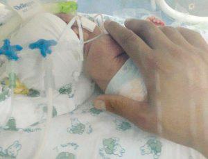 A bebê tinha apenas 30% de chance de sobreviver