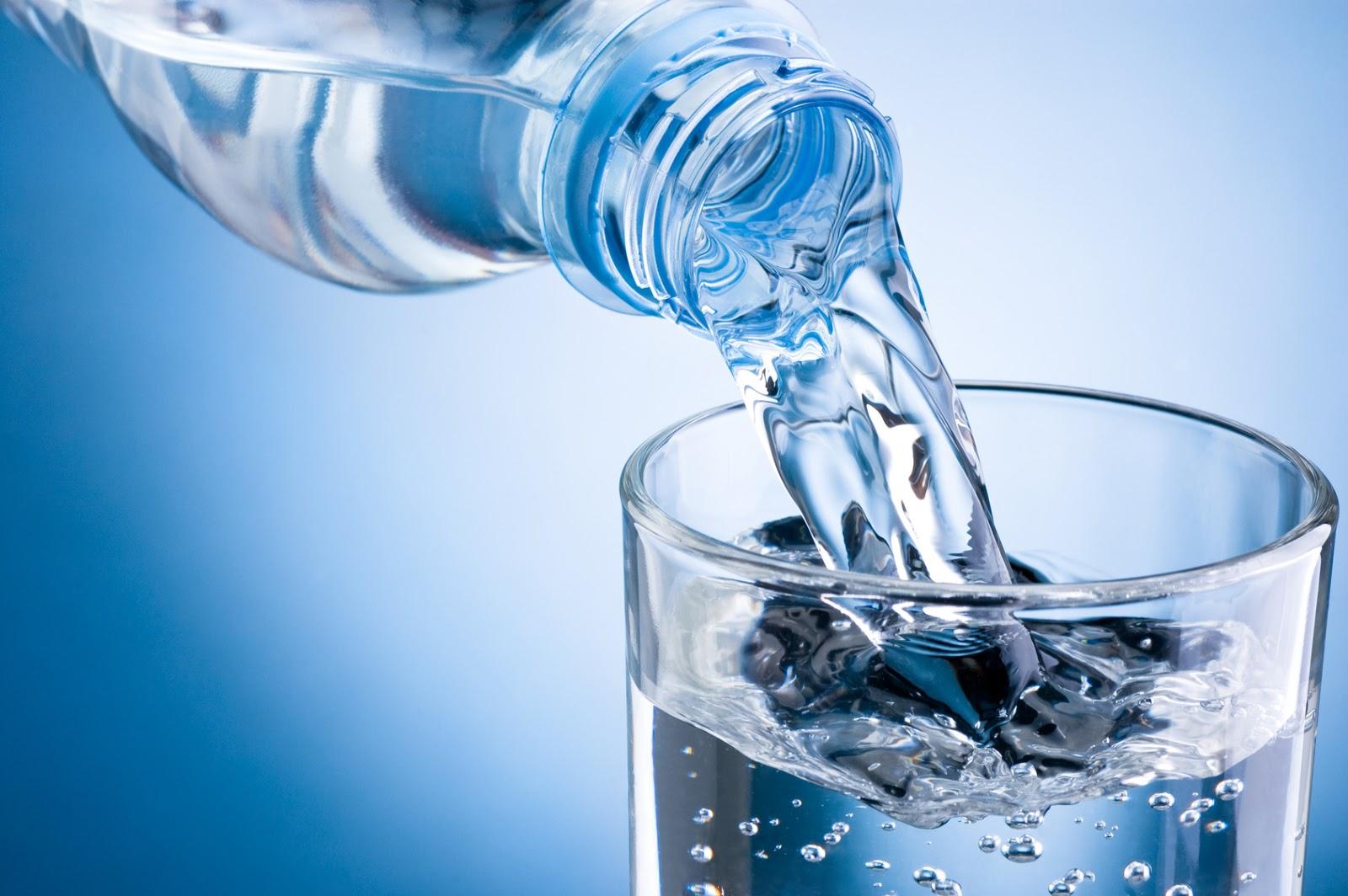 10 Benefícios incríveis da Água para nossa Saúde