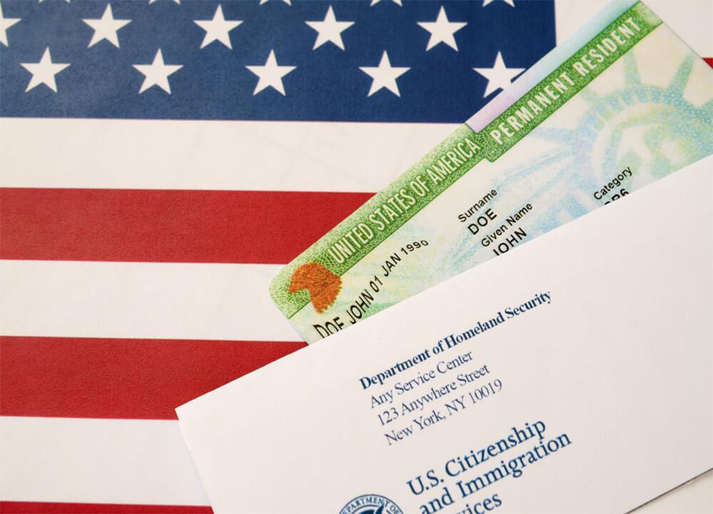 EUA podem emitir 375 mil Green Cards com reforma da imigração