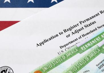 EUA podem emitir 375 mil Green Card com reforma da imigração